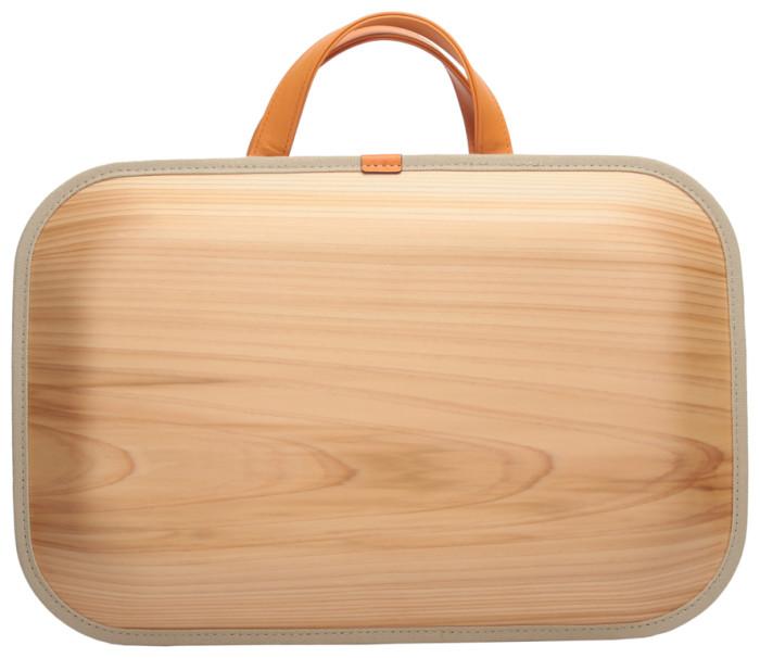 木のバッグ「monacca」