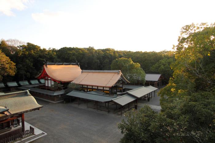 辺津宮本殿・拝殿