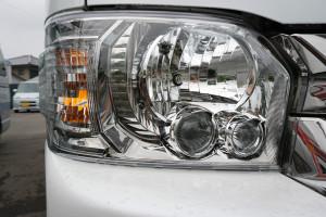 透明ヘッドライト