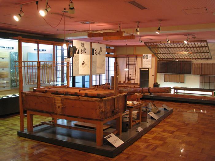いの町紙の博物館_展示シーン