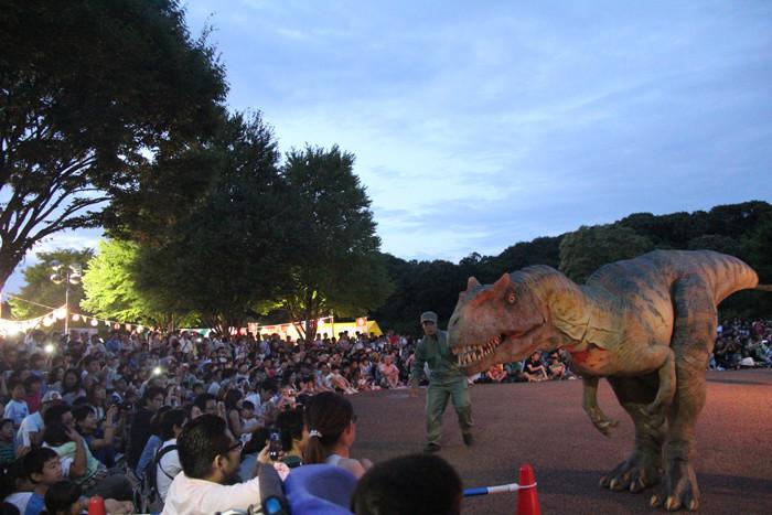 4)イベント:恐竜ライブ (2)