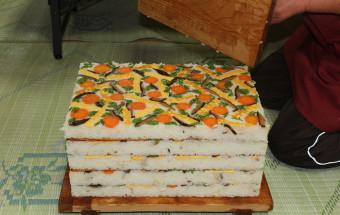 東洋町に伝わる、柚子の香り高い郷土料理「こけら寿司」で故郷料理の原点を知ろう!