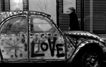 「街と車」 ~ 「NAVI」表紙写真ストーリー  Vol.1