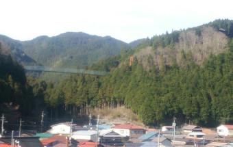 「西の軽井沢」と呼ばれる『洞川(どろがわ)温泉』で温泉にひたり、清らかな水に親しむ