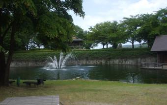 新巻鮭の名産地である新潟県村上市にある、日本初の鮭の博物館『イヨボヤ会館(サーモンパーク内)』