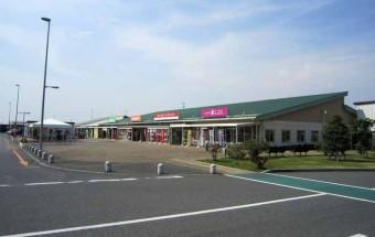 茨城県五霞町産の野菜や果物、お米、銘柄豚ローズポークなどが集結。地産地消の飲食メニューは本格派ぞろい!『道の駅 ごか』