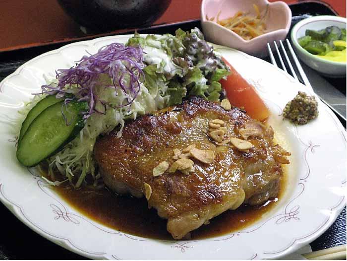 阿波尾鶏ジャイアント定食