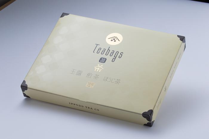 ティーバッグ30 おいしさを手軽に楽しむならティーバッグ 玉露、煎茶、ほうじ茶各10袋ずつの詰め合わせです。 ちょっとした手土産にも便利です。
