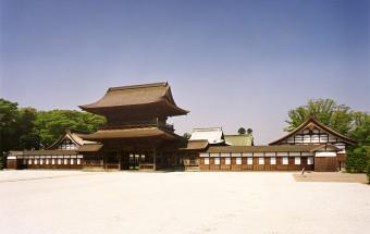加賀藩120万石の威勢を感じる江戸初期の代表的な禅寺、国宝『高岡山 瑞龍寺(ずいりゅうじ)』