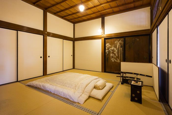 忠義の寝室