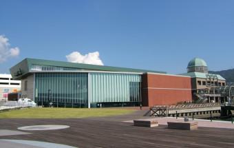 10分の1サイズの戦艦『大和』を展示。『回天』や特攻乗組員の遺書など「平和学習の場」としても学びが多い『呉市海事歴史科学館(大和ミュージアム)』