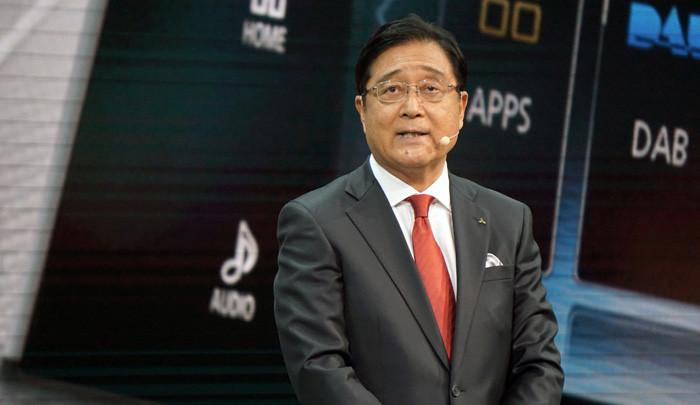 三菱自動車の益子修CEO
