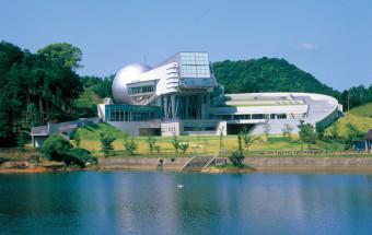 佐賀で宇宙体験!科学館+プラネタリウム+天文台というゴージャスな組み合わせで楽しめる『佐賀県立宇宙科学館 ゆめぎんが』