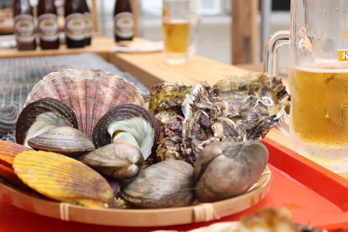 浜焼き海王 海鮮BBQを楽しむことが出来ます。