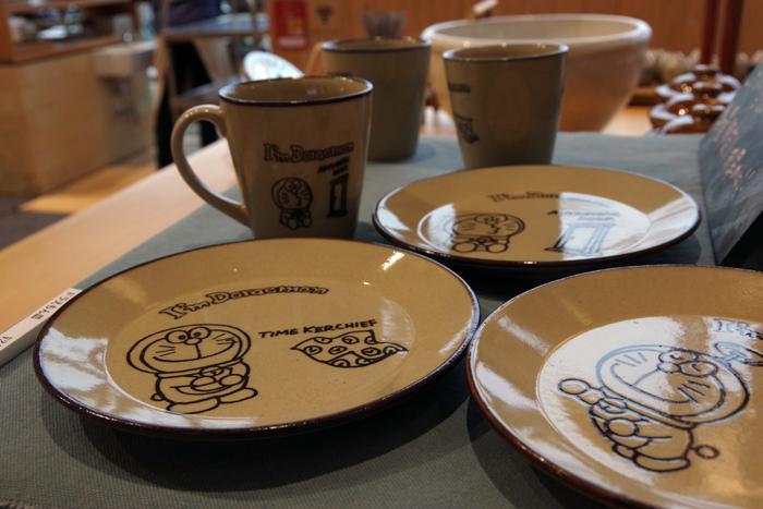 ドラえもんカップ皿各¥2916