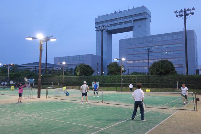 マリエン 屋外施設(テニスコート)